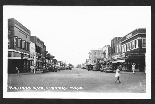 Kansas Avenue, Liberal, Kansas - Page