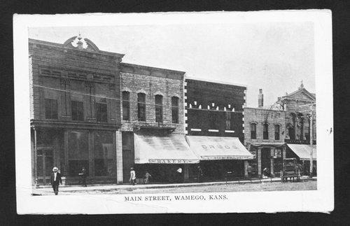 Main Street, Wamego, Kansas - Page