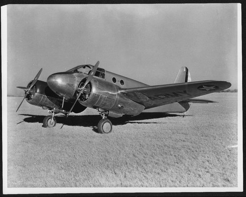 Beechcraft AT-10 twin-engine advanced pilot trainers - Page