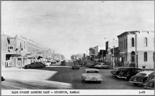 Post card view of Main Street, Stockton, between 1946 and 1955