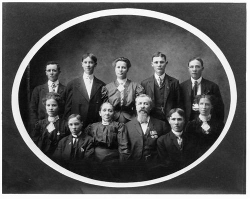 Henry and Maria Schmedemann and family - Page
