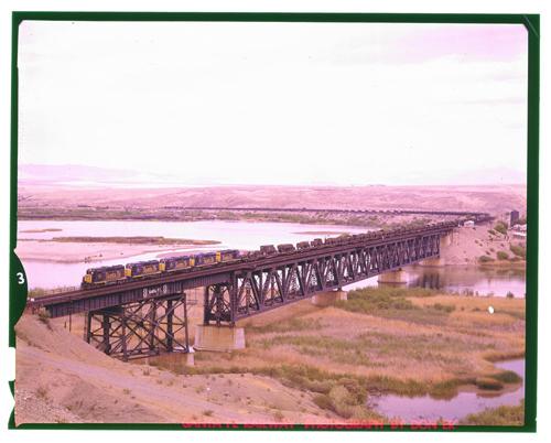Atchison, Topeka & Santa Fe Railway Company's MAIN train, Topock, Arizona - Page
