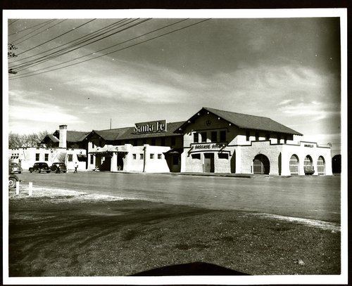 Atchison, Topeka & Santa Fe Railway Company depot, Amarillo, Texas - Page