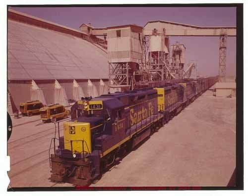 Atchison, Topeka & Santa Fe potash train, Carlsbad, New Mexico - Page