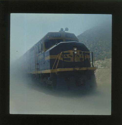 Atchison, Topeka & Santa Fe Raiway Company F-45 locomotive - Page