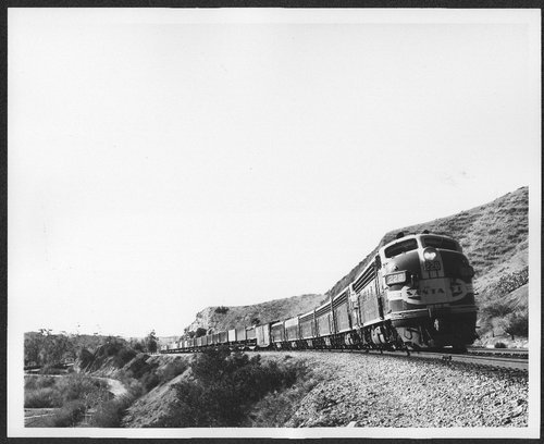 Atchison, Topeka and Santa Fe freight train #228 near Esperanza, California - Page