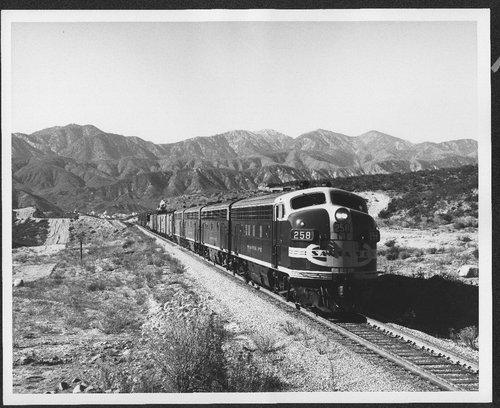 Atchison, Topeka & Santa Fe locomotive #258 climbing Cajon Pass in California - Page