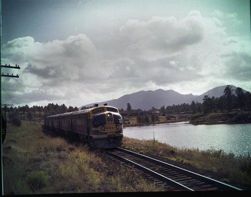 Atchison, Topeka & Santa Fe Railway Company manifest freight train, Arizona - Page