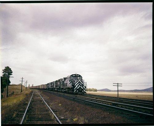 Atchison, Topeka & Santa Fe Railway Company manifest freight, Arizona - Page