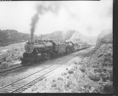 Atchison, Topeka and Santa Fe engines 1374 and 3748 at Cajon Pass in Alray, California - Page