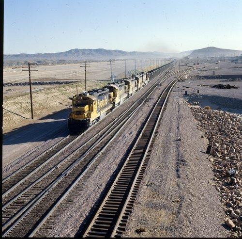 Atchison, Topeka & Santa Fe York Canyon coal train - Page