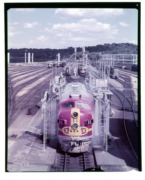 Atchison, Topeka & Santa Fe diesel service facility, Argentine, Kansas - Page