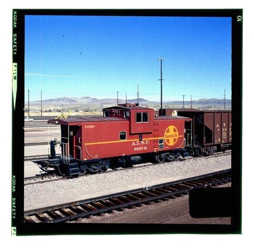 Atchison, Topeka & Santa Fe 999541 caboose (way car) - Page