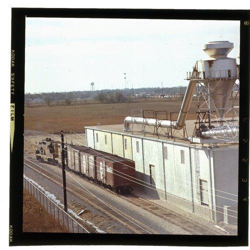 Atchison, Topeka & Santa Fe Railway Company's loading dock - Page