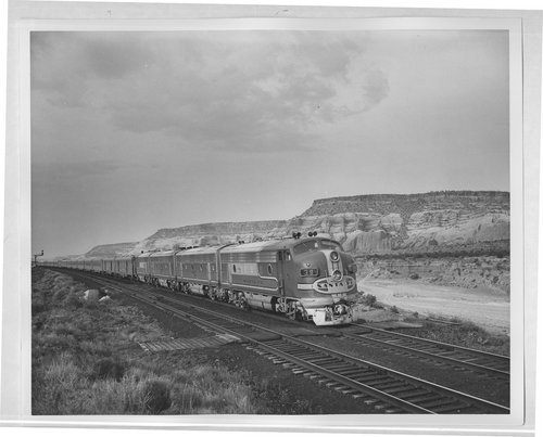 Atchison, Topeka and Santa Fe train No.1, The San Francisco Chief, pulled by Engine 39 in New Mexico - Page