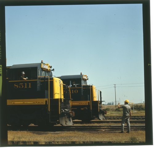 Atchison, Topeka and Santa Fe locomotives 8511 and 8510 in Argentine, Kansas - Page