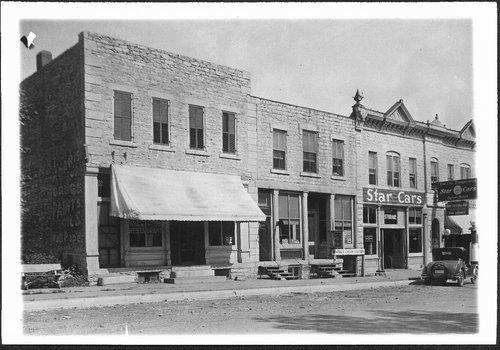 Alma, Kansas street scene - Page