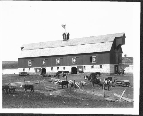 Barn on the Henry Sump farm, Wabaunsee County - Page