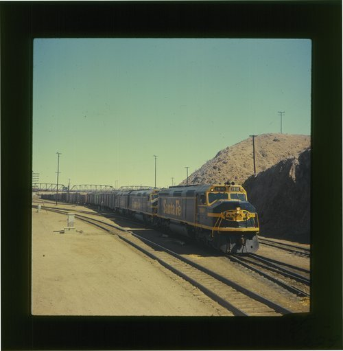 Atchison, Topeka & Santa Fe Extra 1910 departing Barstow, California - Page