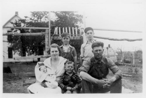 Elton Raymond and Nora Helen Allen and family - Page