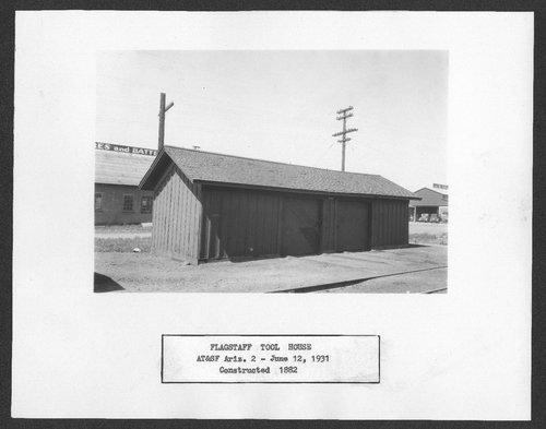 Atchison, Topeka & Santa Fe Railway Company tool house, Flagstaff, Arizona - Page