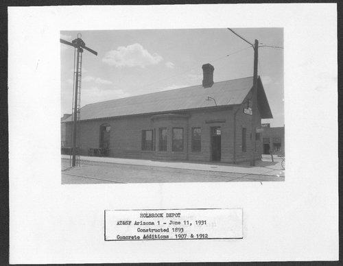 Atchison, Topeka & Santa Fe Railway Company depot, Holbrook, Arizona - Page