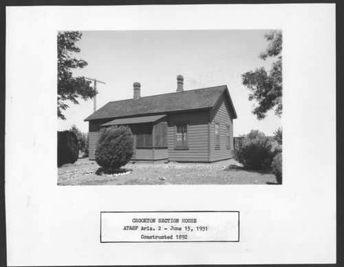 Atchison, Topeka & Santa Fe Railway Company section house, Crookton, Arizona - Page