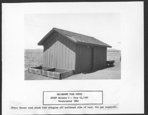 Atchison, Topeka & Santa Fe Railway Company tool house, Bellemont, Arizona - Page
