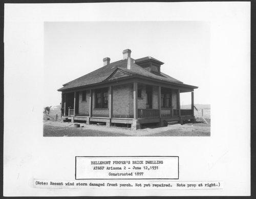 Atchison, Topeka & Santa Fe Railway Company pumpers's brick dwelling, Bellemont, Arizona - Page