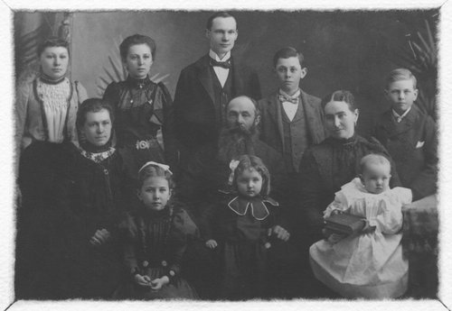 Vital DeDonder and family - Page