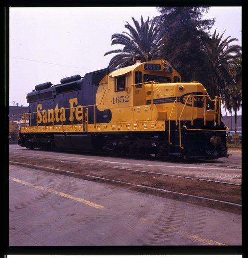 Atchison, Topeka & Santa Fe Railway Company engine #4652 - Page