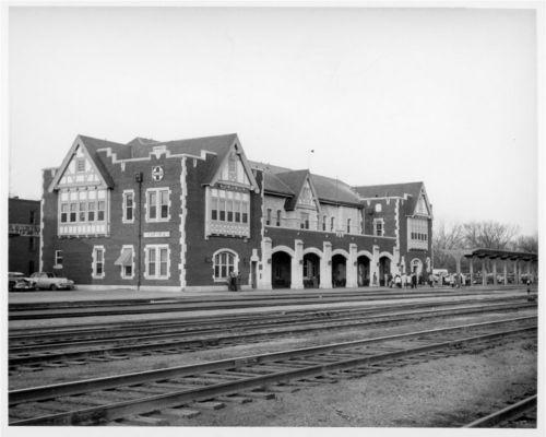Atchison, Topeka and Santa Fe Railway Company depot, Emporia, Kansas - Page
