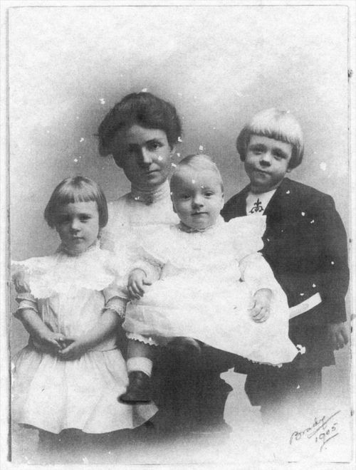 Adele Boehme Fine with her children - Page