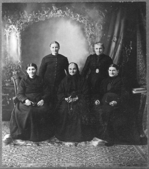 Volga German Women - Page