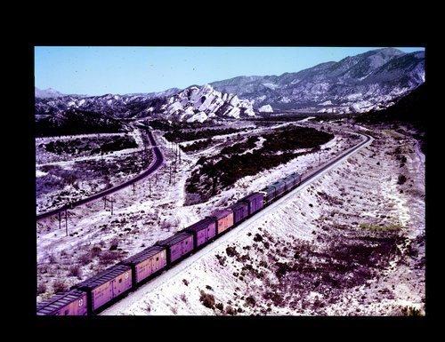 Atchison Topeka & Santa Fe manifest freight train - Page