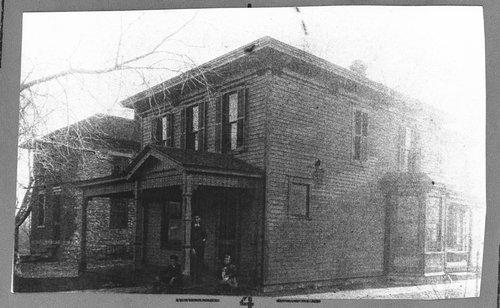 Hale Ritchie home, Topeka, Kansas - Page