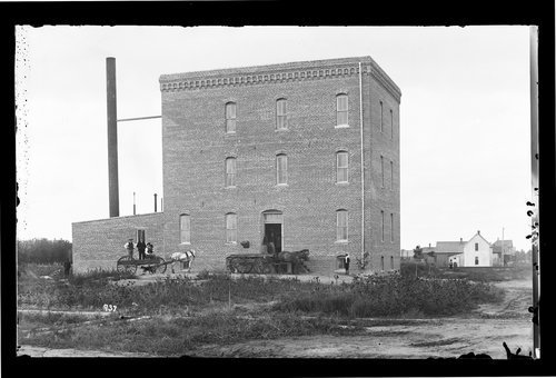 Flour mill, Garden City, Finney County, Kansas - Page