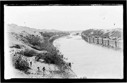 The under flow, near Dodge City, Ford County, Kansas - Page