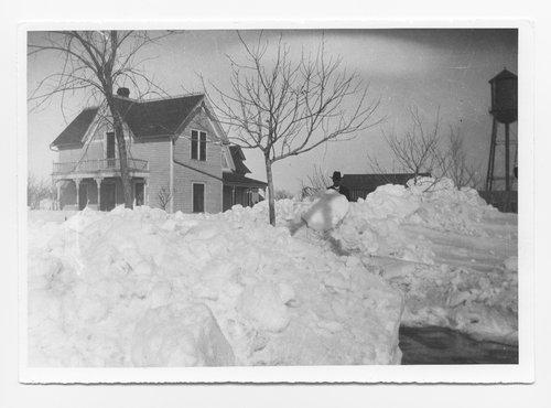 Snow in Oakley, Kansas - Page
