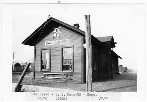 Atchison Topeka and Santa Fe Railway Company depot, Deerfield, Kansas - Page