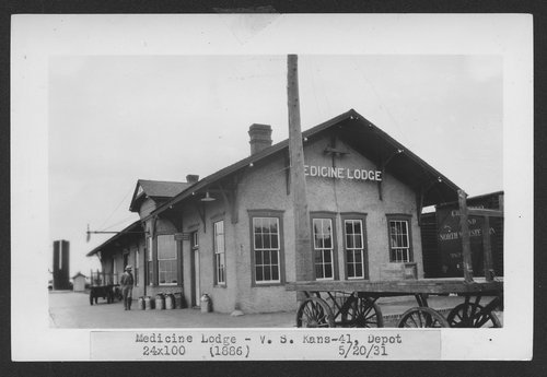 Atchison, Topeka and Santa Fe Railway Company depot, Medicine Lodge, Kansas - Page