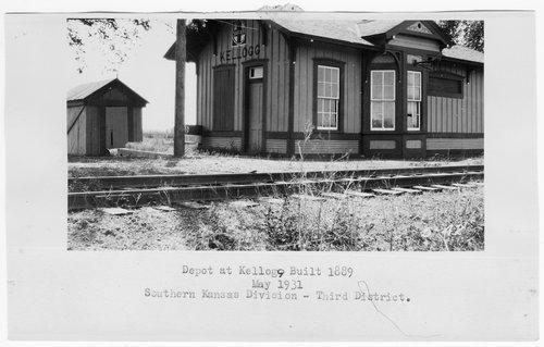 Atchison, Topeka and Santa Fe Railway Company depot, Kellogg, Kansas - Page