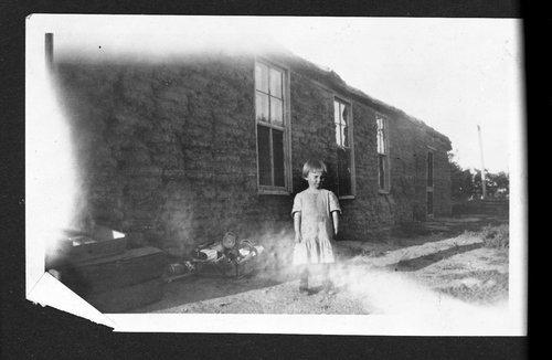 Veselik-Gannon photograph collection - Page