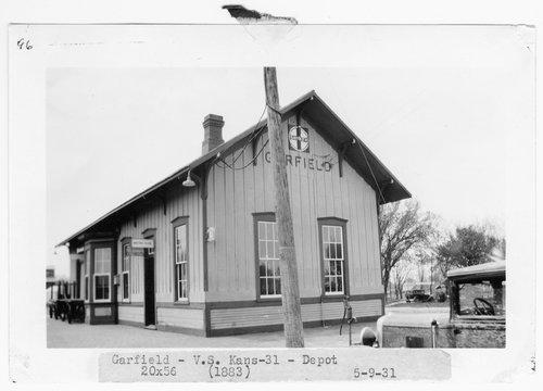 Atchison, Topeka & Santa Fe Railway Company depot, Garfield, Kansas - Page