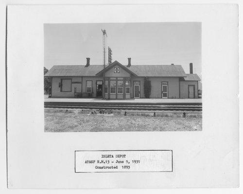 Atchison, Topeka & Santa Fe Railway Company depot, Isleta, New Mexico - Page