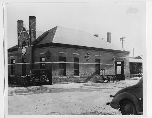 Railway Express building, Topeka, Kansas - Page