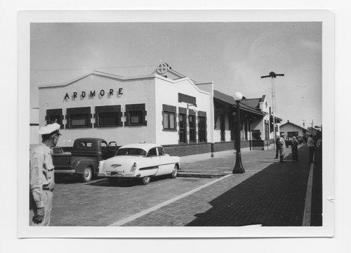 Atchison, Topeka & Santa Fe Railway Company depot, Ardmore, Oklahoma - Page