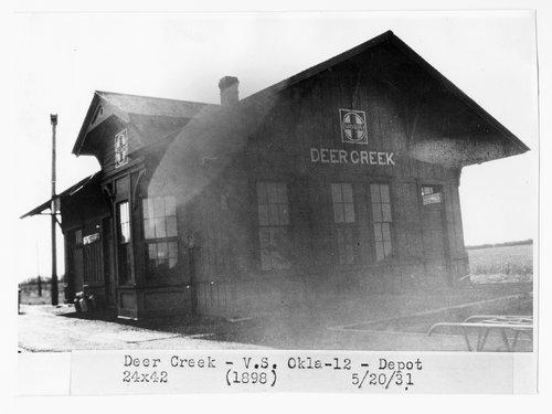 Atchison, Topeka and Santa Fe Railway Company depot, Deer Ceek, Oklahoma - Page