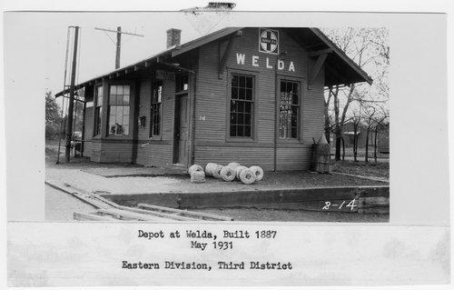 Atchison Topeka and Santa Fe Railway Company depot, Welda, Kansas - Page