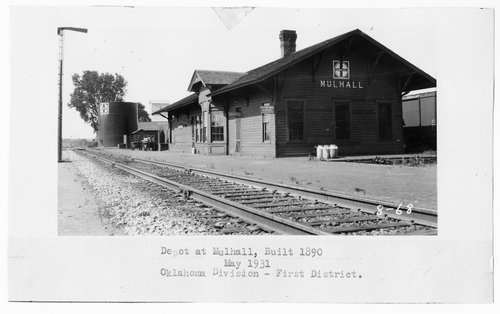 Atchison, Topeka & Santa Fe Railway Company depot, Mulhall, Oklahoma - Page
